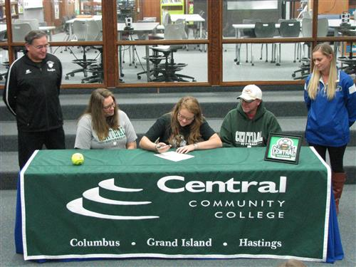 Kassidy Soulliere signs Letter of Intent